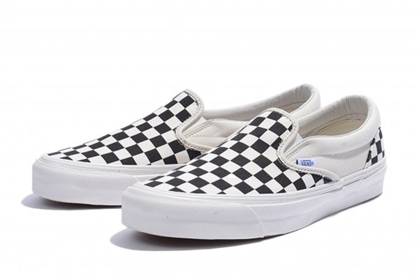 OG CLASSIC SLIP-ON LX (CANVAS) BLK/W