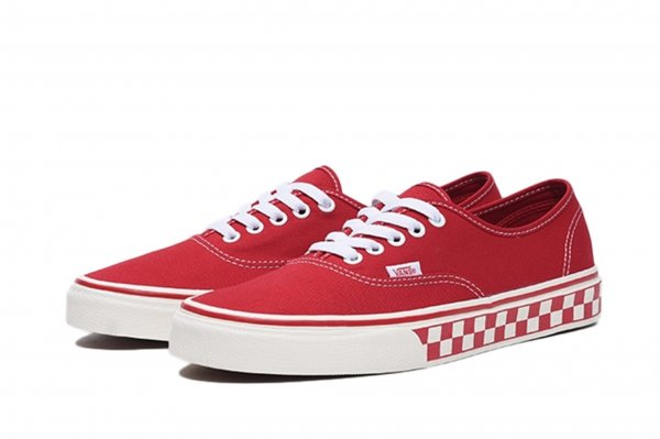 Authentic (Checkerboard) racing red/<img class='new_mark_img2' src='//img.shop-pro.jp/img/new/icons32.gif' style='border:none;display:inline;margin:0px;padding:0px;width:auto;' />