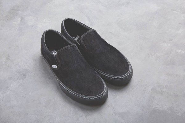 CLASSIC SLIP-ON (YOD)BLACK