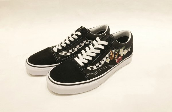 UA OLD SKOOL (CHECKER FLORAL) BLACK