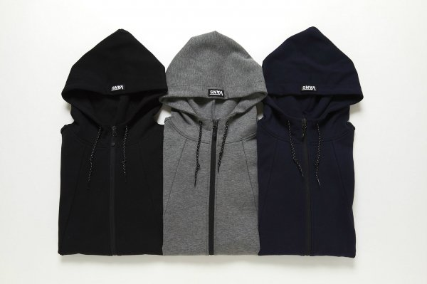 Vans ZIP UP HOODIE(Safari1月号掲載商品)