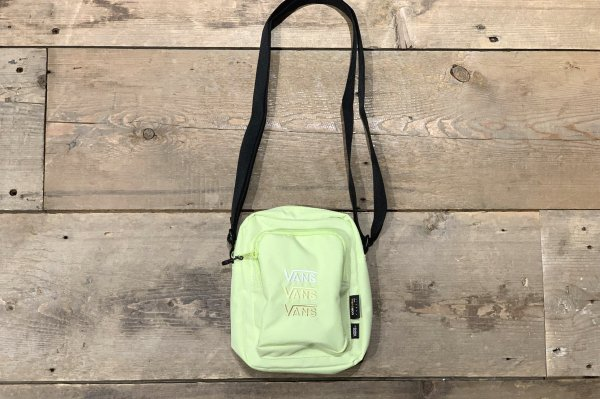 TRIPLE V CROSSBODY BAG 5918590001