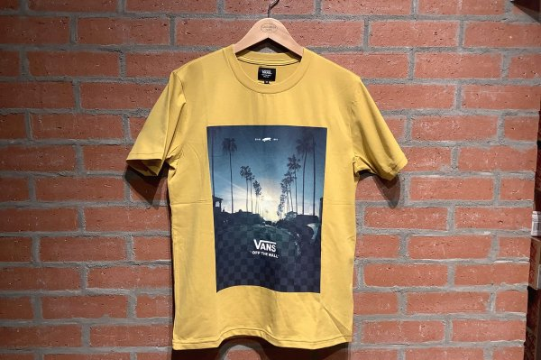 VANS CALIF GOLD STRETCH SS TEE (Safari10月号掲載)
