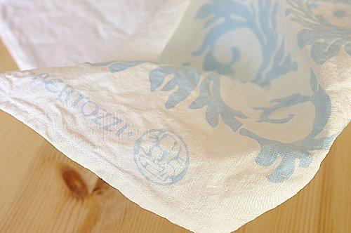 キッチンクロス リネン(麻) イタリア製 ベルトッツイ アカンサス ブルー 長方形タイプ 45 x 60 cm