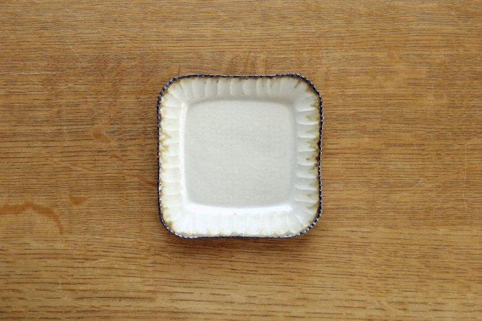 正方形小皿/皮鯨 ツキゾエハル
