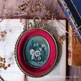 気品に満ちたトリコロール / Antique Oval Art Frame