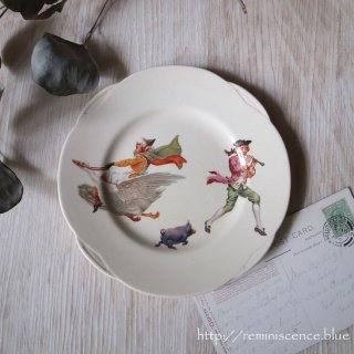 ガチョウ婆さんと笛吹の息子が踊る絵皿 / Antique Royal Doulton Nursery Rhyme Plate by William Savage Cooper