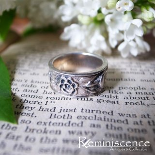 愛され続ける花の意味 / Vintage Sterling Silver Flower Ring