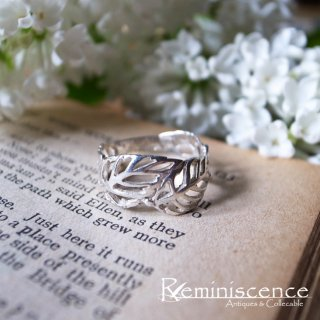 陽に透けた葉脈のように / Vintage Sterling Silver Leaf Ring