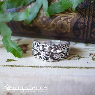 指に纏う花とスクロール /Vintage Sterling Silver Ring