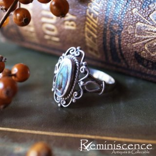 黒い虹色に見惚れる / Vintage Sterling Silver & Black Mother of Pearl Ring