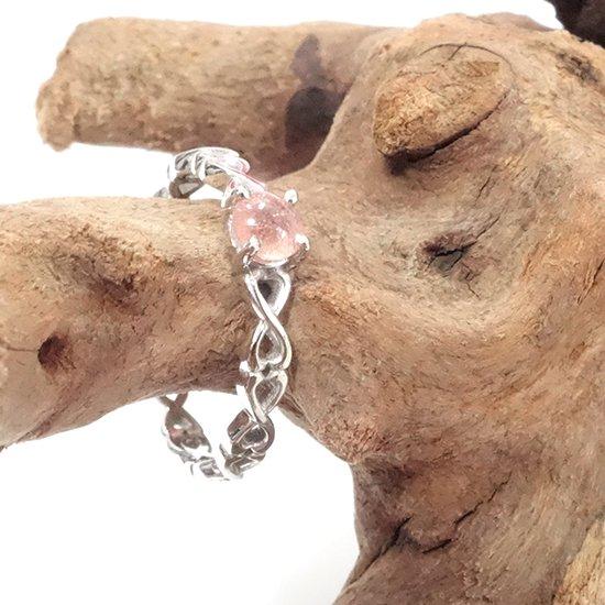カザフスタン産ストロベリークォーツのシルバーリングの写真1 cute stone