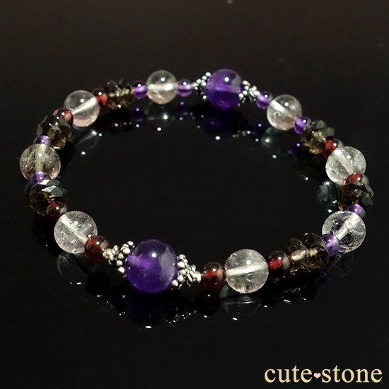 【優婉嫺雅】アメジスト エレスチャルクォーツ ガーネット スモーキークォーツを使ったブレスレットの写真4 cute stone