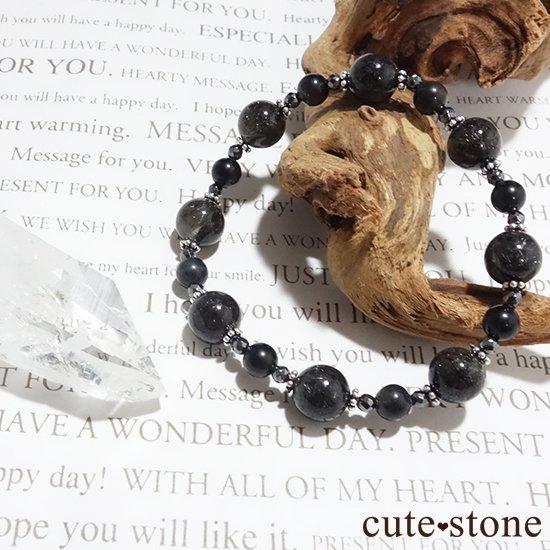 【Meteor shower】ブラックルチル ブラックスキャポライト ヘマタイトのブレスレットの写真2 cute stone