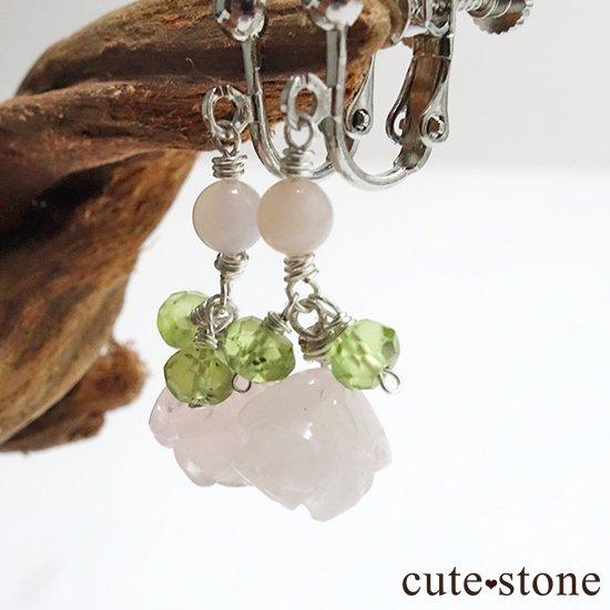 【薔薇の耳飾り】ローズクォーツ ペリドット ピンクオパールを使ったピアス イヤリングの写真1 cute stone