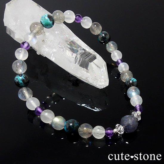 【夜空のささめき】アイオライト アメジスト ブルームーンストーン ラブラドライト クリソコラ 水晶のブレスレットの写真3 cute stone