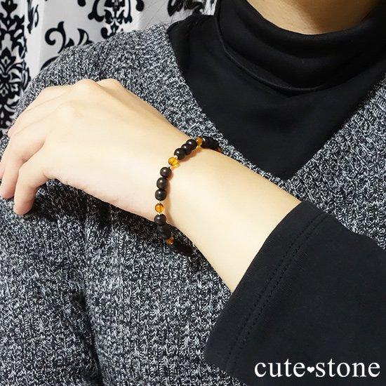 【森と海の恵み】アンバー(琥珀)と黒檀のブレスレットの写真3 cute stone