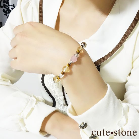 【秋景色に舞う花】ディープローズクォーツ タイガーアイ シトリン 水晶のブレスレットの写真3 cute stone
