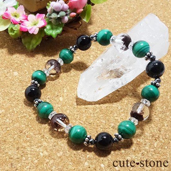 【孔雀と大地】 マラカイト ガーデンクォーツ オニキス のブレスレットの写真2 cute stone
