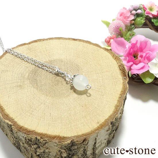 【Birthday Necklace 6月】 ホワイトムーンストーンと水晶で作った誕生石ネックレスの写真2 cute stone