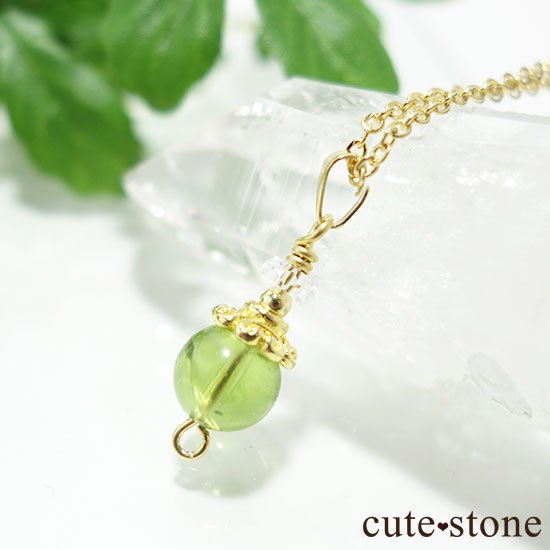 【Birthday Necklace 8月】 ペリドットと水晶で作った誕生石ネックレスの写真4 cute stone