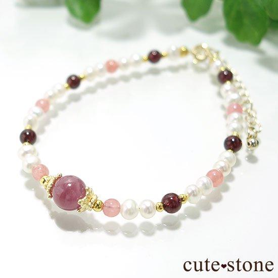 【冬の花】ルビー インカローズ ガーネット 淡水真珠のブレスレットの写真1 cute stone