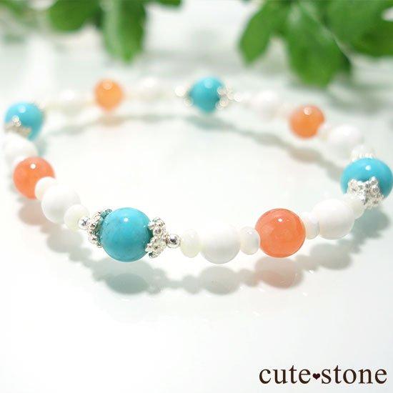 【Sunny sky】ターコイズ アプリコットアゲート ホワイトシェル マザーオブパールのブレスレットの写真3 cute stone