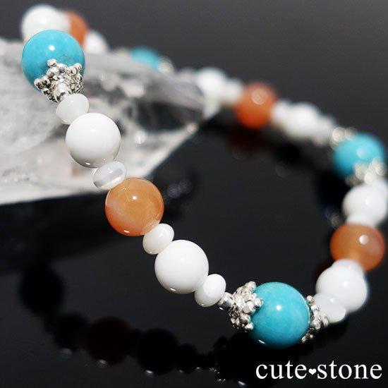 【Sunny sky】ターコイズ アプリコットアゲート ホワイトシェル マザーオブパールのブレスレットの写真5 cute stone
