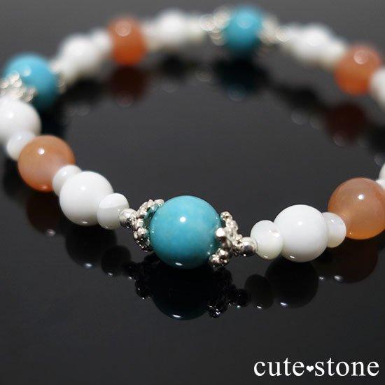 【Sunny sky】ターコイズ アプリコットアゲート ホワイトシェル マザーオブパールのブレスレットの写真6 cute stone