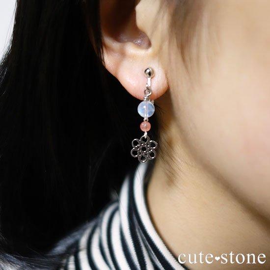 【春風】 インカローズ レインボームーンストーンのピアス イヤリングの写真3 cute stone