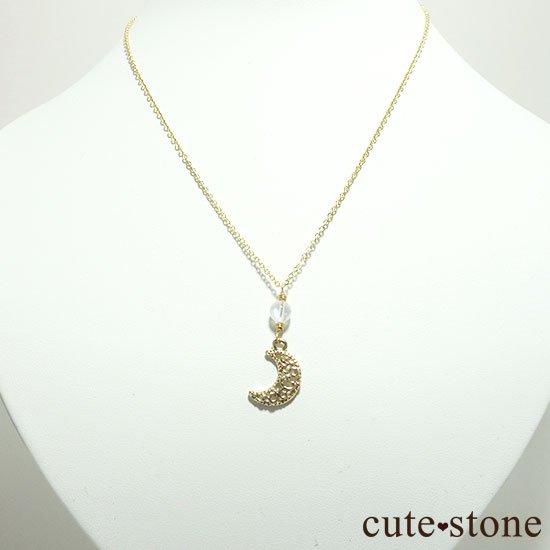 【Luna Magic】 レインボームーンストーンの三日月ネックレスの写真0 cute stone