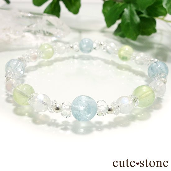 【春風 〜新緑〜】アクアマリン プレナイト レインボームーンストーンのブレスレットの写真3 cute stone