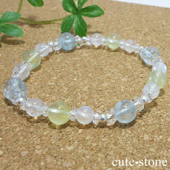 【春風 〜新緑〜】アクアマリン プレナイト レインボームーンストーンのブレスレットの写真6 cute stone