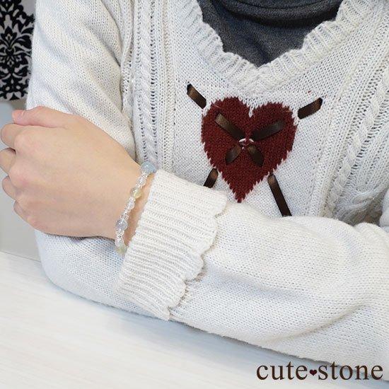 【春風 〜新緑〜】アクアマリン プレナイト レインボームーンストーンのブレスレットの写真8 cute stone