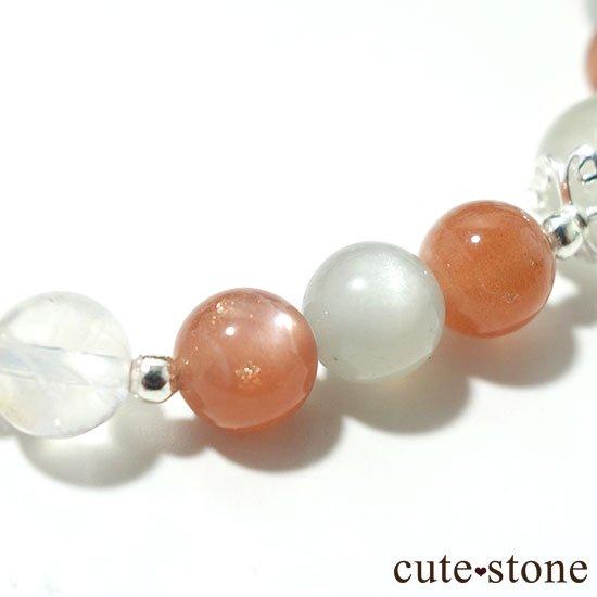【月光の導き】いろいろなムーンストーンを使ったブレスレットの写真1 cute stone