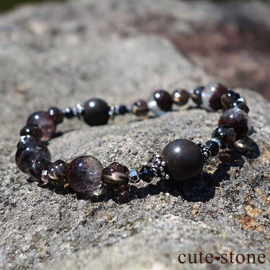 【大地の神秘】シャーマナイト ガーデンクォーツ ブラックスピネル スモーキークォーツのブレスレットの写真0 cute stone