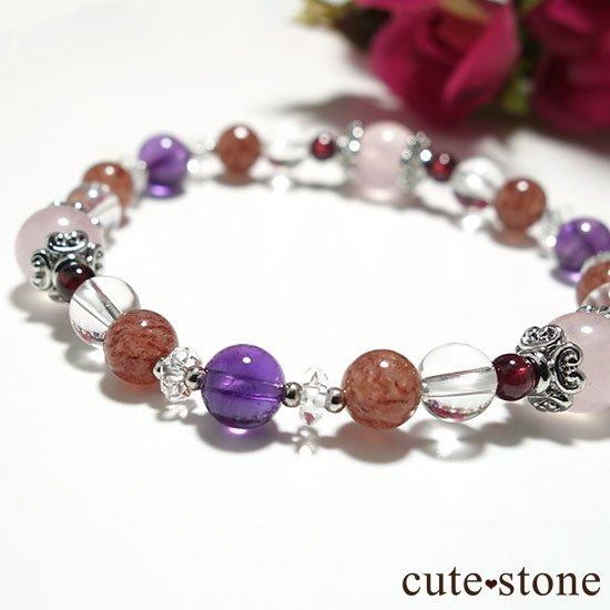 【Elegant Rose】ローズクォーツ モスコバイト アメジスト 水晶 ガーネットのブレスレットの写真2 cute stone
