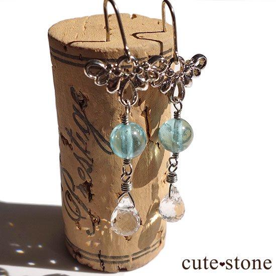 ブルーアパタイト 水晶の羽モチーフのピアス イヤリングの写真2 cute stone