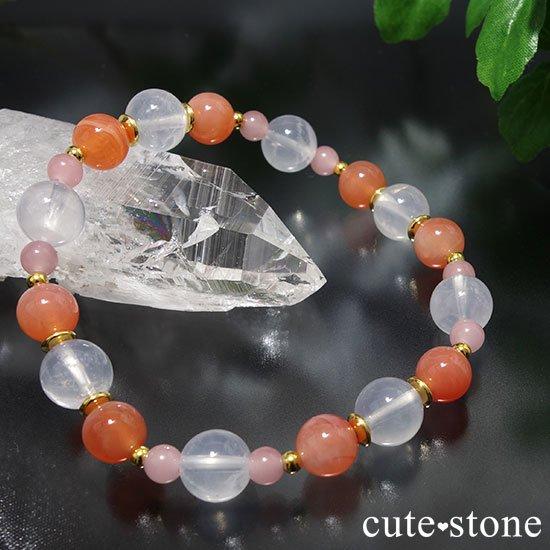 【月の果実】K2ムーンクォーツ アプリコットアゲート グァバクォーツのブレスレットの写真2 cute stone