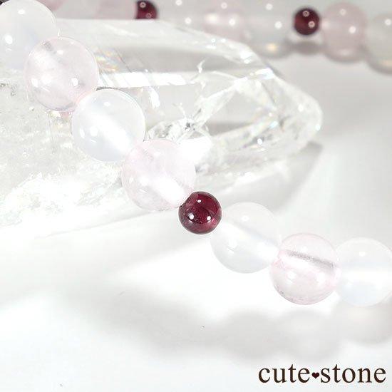 【1周年記念 memorial】ピンクサファイア ガーネット ローズクォーツ ホワイトカルセドニーのブレスレットの写真3 cute stone