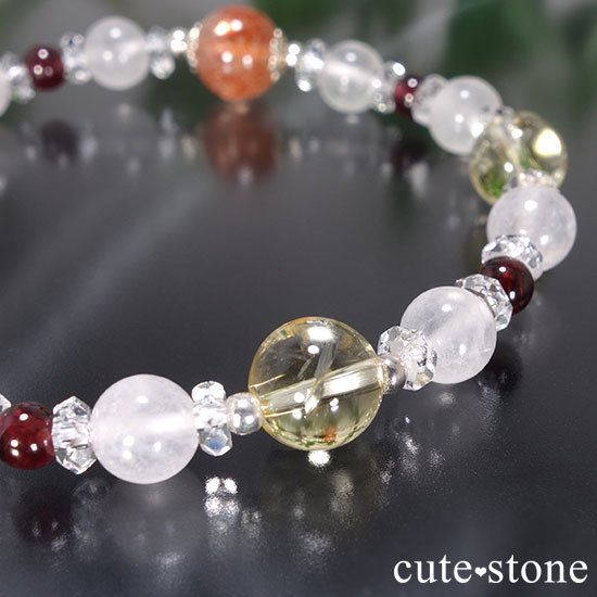 【太陽のプリンセス】サンストーン ガーネット シトリン ローズクォーツ 水晶のブレスレットの写真1 cute stone