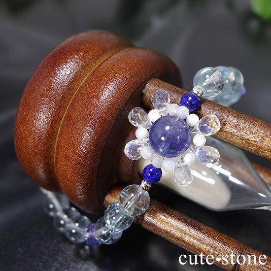 【氷の花】タンザナイト ブルートパーズ レインボームーンストーン ラピスラズリのブレスレットの写真2 cute stone