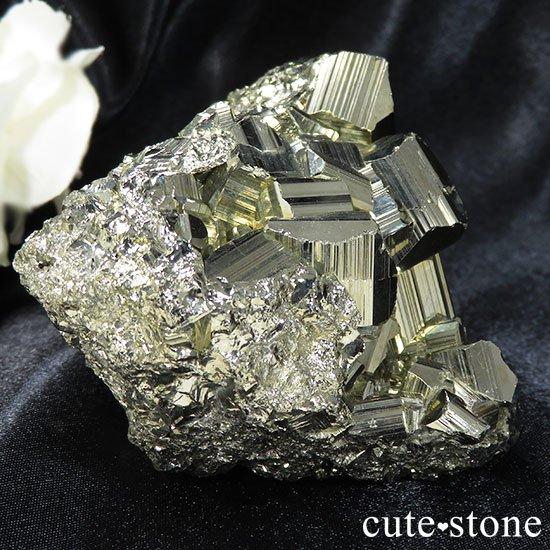 ペルー ワンサラ鉱山産 パイライトのクラスターの写真0 cute stone