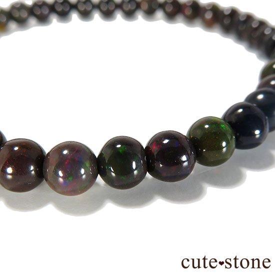 エチオピア産プレシャスオパール(ブラックカラー) AA++ ラウンド5mm シンプルブレスレットの写真1 cute stone
