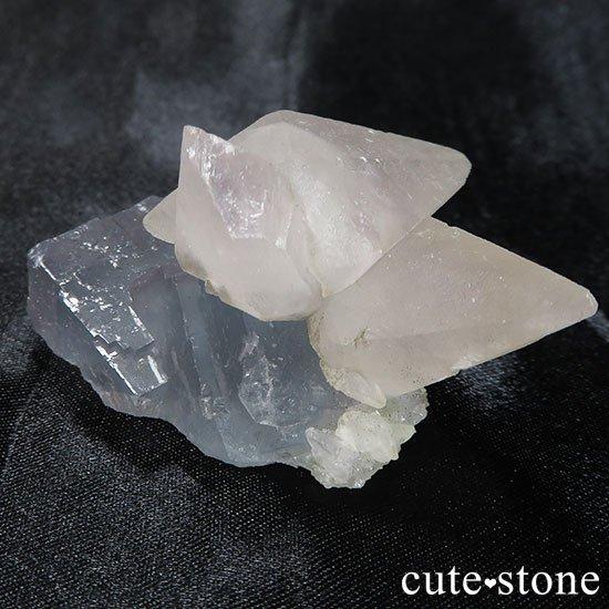 中国湖南省産カルサイトオンフローライトの原石の写真4 cute stone