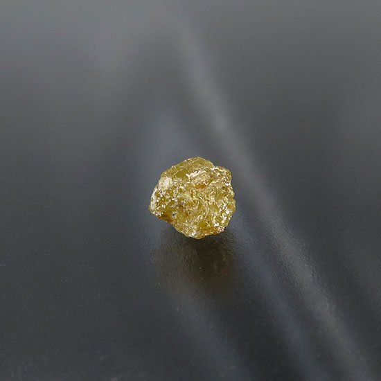 【超特価】ダイヤモンドの原石 0.7ct