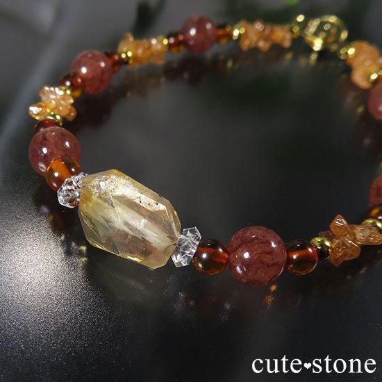 【太陽のかけら】オレゴンサンストーン アンバー スぺサルティンガーネット モスコバイトのブレスレットの写真0 cute stone