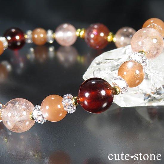 【煌めきの秋】ファイアークォーツ モルガナイト ヘソナイト オレンジムーンストーンのブレスレットの写真3 cute stone