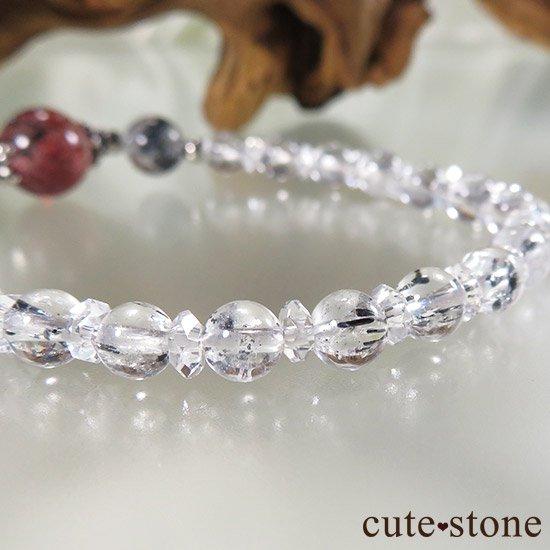 【紅の剣】ファイアークォーツ スティブナイトインクォーツのブレスレットの写真1 cute stone