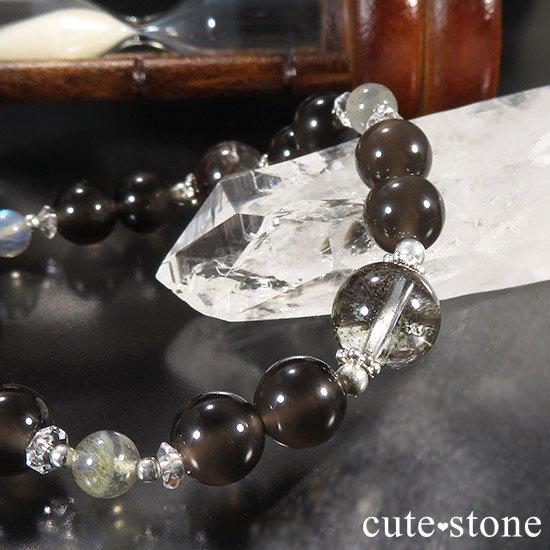【箱庭の夜】 ガーデンクォーツ レインボーオブシディアン ラブラドライトのブレスレットの写真2 cute stone